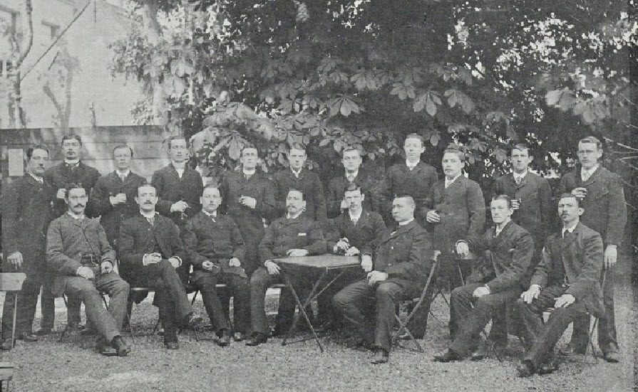 """Old image of """"Mouters"""" of the Rotterdam Brewery in 1890 - 1892"""